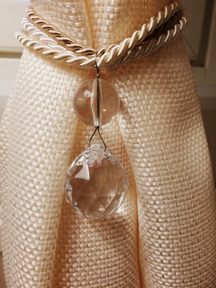 Deco curtain jewelry