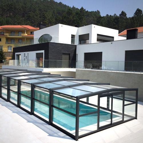 Abri haut de piscine installé au Portugal dans la région Beira Inteirior