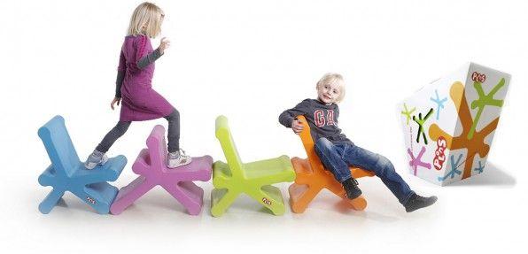 Kinderstoel Plons 89,95 euro via urbindsign.nl