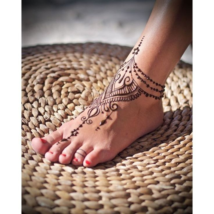 Mehendi Ideas on the legs 😍🌸 #mehendi #memendiartist