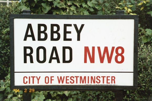 abbey_road_sign