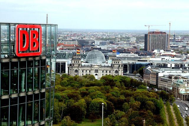 Deutsche Bahn - Schienenwege, Zukunft und Industrie. Die DB ist Teil des #Internet4.0 #Digitalisierung