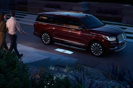Revealed: The All-New 2018 Lincoln Navigator: the Lincoln Motor Company - Luxury SUVs - Lincoln.com