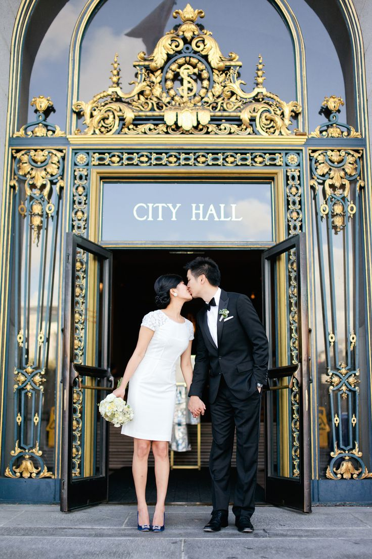 San Francisco City Hall Wedding Venue | floral design by http://lilabdesign.com/ | photography by http://connielyu.com/