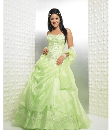 This would look beautiful on my oldest daughter...