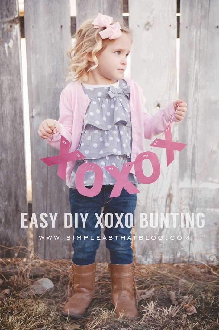 Simple XOXO banner with FREE printable template.
