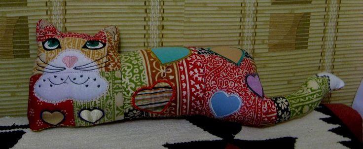 подушка-кот. машинная вышивка, аппликация