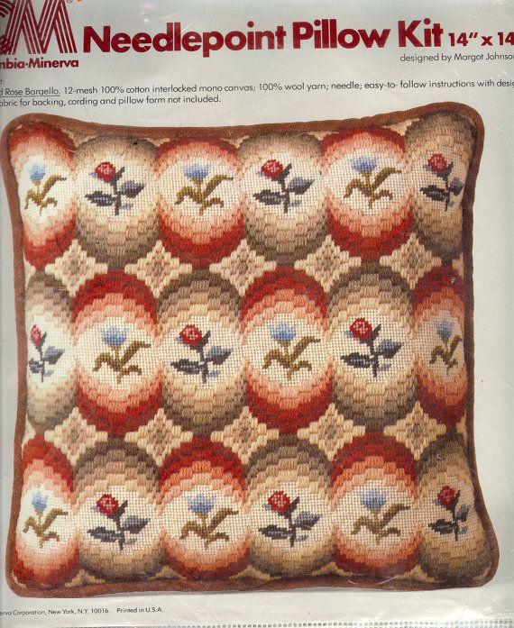 Este maravilloso kit de bordado de Columbia-Minerva hace una almohada de 14 x 14, el tipo de almohada usted podría pagar un montón de si ya se                                                                                                                                                                                 Más