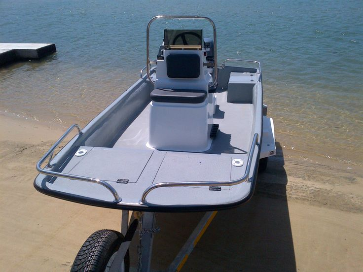 Bandit 380 - Centre-console, remote control motor. Stainless Steel railings. Aluminium bump rail with rubber insert. -  Bandit 380 For use with Tiller-Arm Motor FEATURES  - 3.8M CATHEDRAL HULL UTILITY BOAT LENGTH – 3.8m , WIDTH 1.6m , GUNWALL HEIGHT INSIDE 300mm, OUTSIDE 500mm NO TIMBER USED I...
