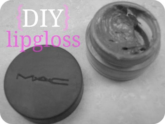 DIY Lipgloss - lipstick + vaseline = easy lipgloss!