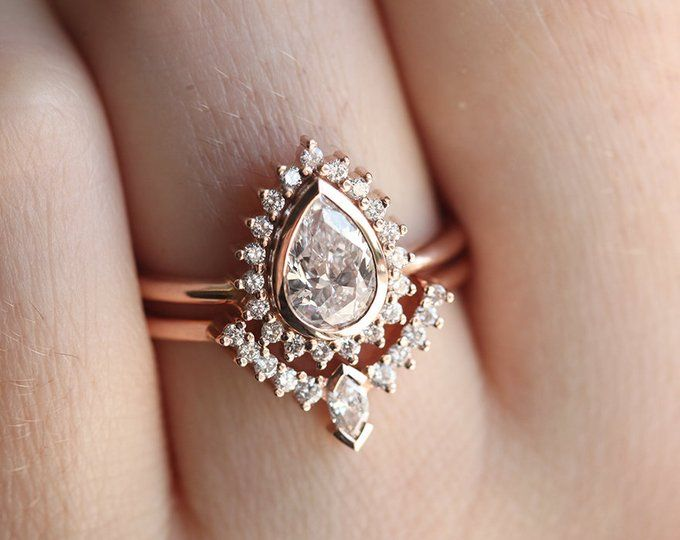 Rose Gold Pear Diamond Ring, Halo Pear Diamond Ring with Curved Diamond Band, Rose Gold Engagement Ring Set