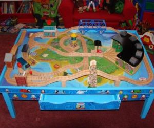 This is a simple Train Table built by me and Jim Janicki A visual Tables Plans Two Every builder needs a plan to get started Print out these exciting & 14 best Thomas the Train Table set up images on Pinterest | Thomas ...