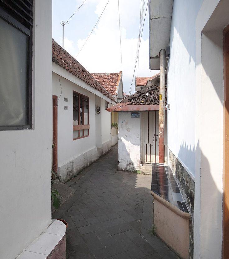Jagalan District's alleyway in Kotagede