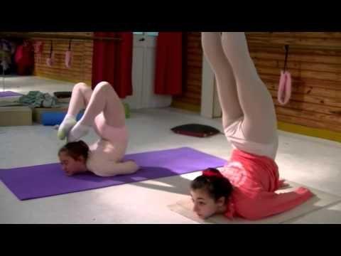 Escuela Sudamericana de Ballet-3rd part-Ballet flexibility-New stretchin...