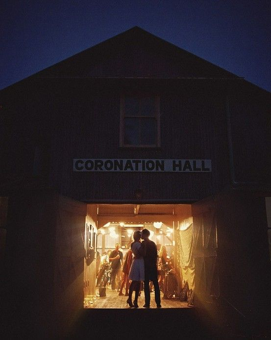 Barn wedding photo...lovely!