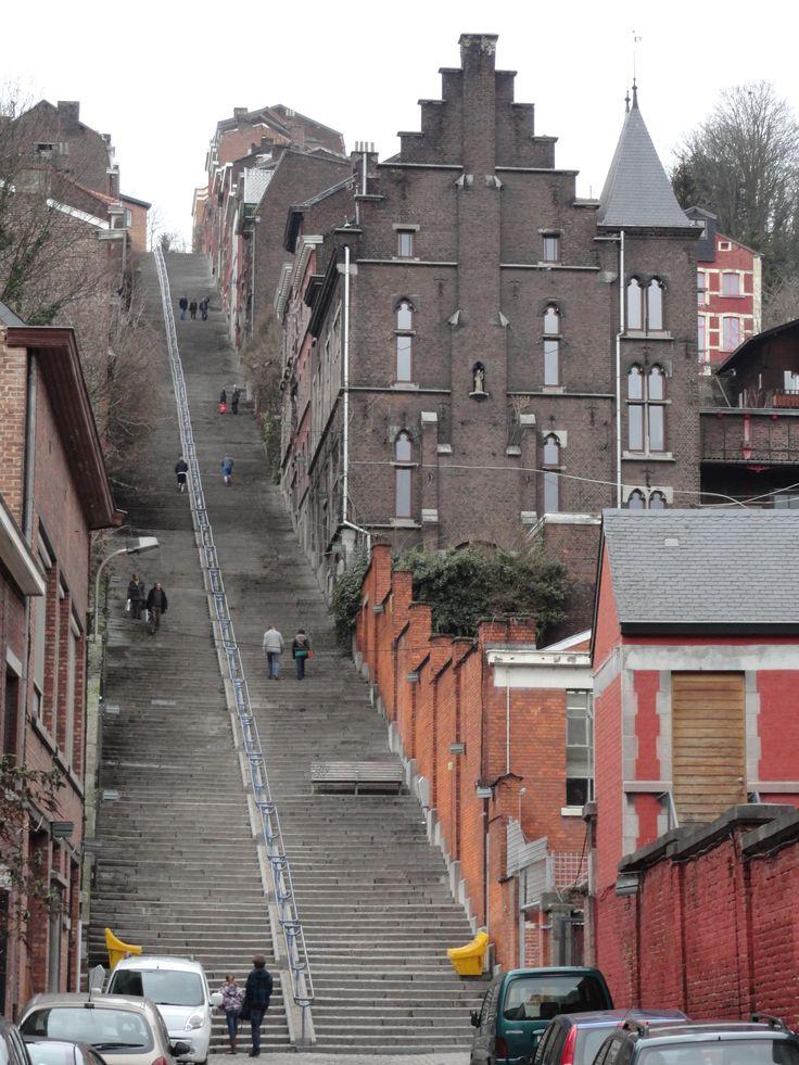 Liège, Belgique - la Montagne de Bueren - il y aurait 600 marches pour 600 Franchimontois venu en renfort de la ville de Lg