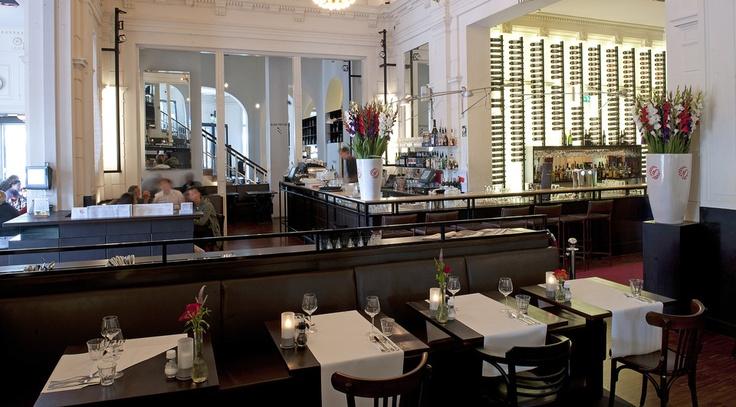 Stanislavski in Stadsschouwburg Amsterdam. Leuk, makkelijk te vinden en prima eten.