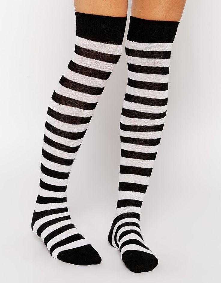 Socken von ASOS Collection weiches Stretchmaterial Rippenbündchen Streifenmuster Overknee-Design Maschinenwäsche