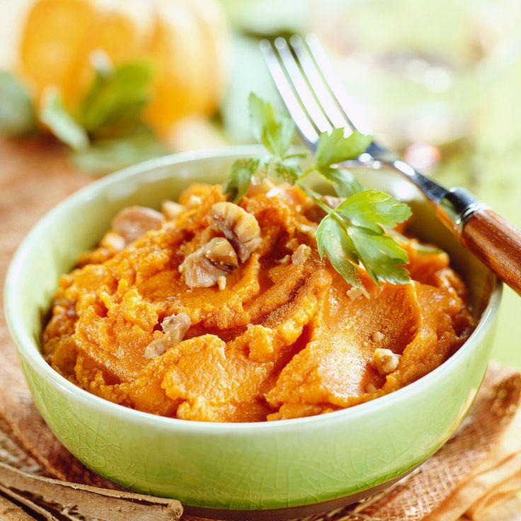 Découvrez la recette Purée de potimarron et marrons sur cuisineactuelle.fr.