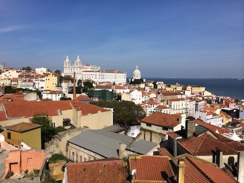 Great Weekend Getaways - Lisbon, Portugal - by Joanne Shurvell, Huffington Post 16.04.2014 | I was so taken with the place that I started picking up property brochures with a view to buying a holiday flat there. And what's not to like in a city that averages 260 days of sun a year, is within 30 minutes of beautiful sandy beaches, is packed with culture and best of all, is the birthplace of one of the most delicious sweet treats on the planet - the Pasteis de Belem (custard tart).