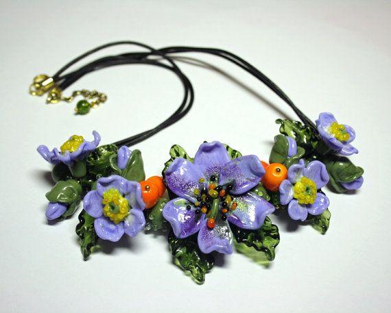 Collana di Murano fatto a mano con fiori di vetro blu di murano, collana, collana in vetro, collana, collana in pelle, vetro artigianale