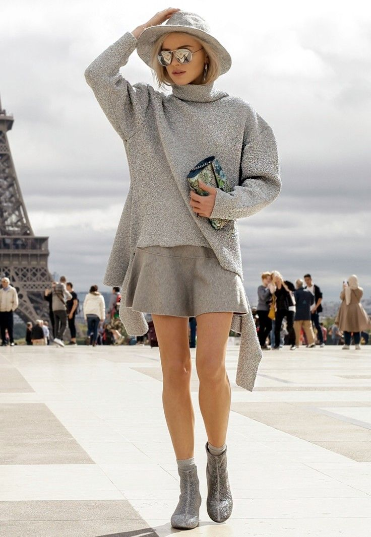 PFW ss17 #silver - Click for Maffashion in Music Ambiance http://gv.lauderlis.net/maffashion_3.php