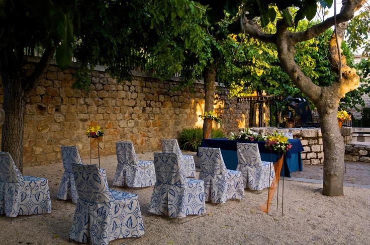 #Boda en el #Parador de #Chinchón #Ceremonia #Civil al aire libre en los jardines del Parador