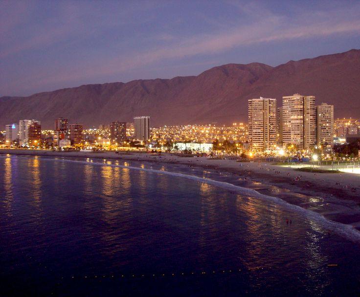 https://flic.kr/p/8461Ai | Playa Cavancha. | Iquique. Chile. 2010.