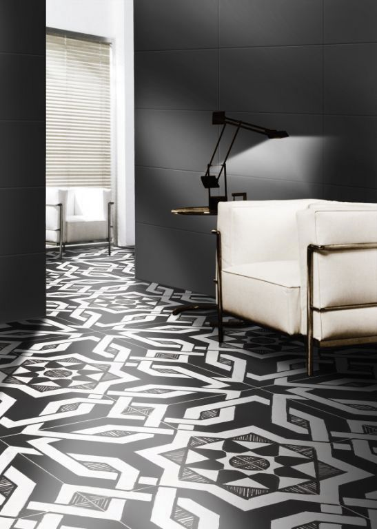IGattipardi is a glazed porcelain tile series by Italian manufacturer, 14OraItaliana. The IGattipardi series takes its aesthetic cues from the maiolica tiles of Moorish origin that are found across southern Italy. SHOWN: Fabrizio Ton Sur Ton