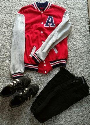 Kup mój przedmiot na #vintedpl http://www.vinted.pl/damska-odziez/bluzy/16121325-czerwona-bejsbolowka-a