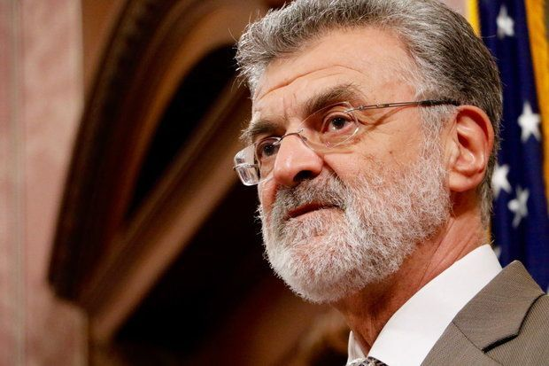 Cleveland Mayor Frank Jackson to boost minimum pay for city workers to $15 an hour  A proposal by Cleveland Mayor Frank Jackson to boost the minimum pay rate for city workers to $15 an hour would affect as many as 500 employees in a wide array of jobs, ranging from clerical and custodial staff to park and recreation workers to police and fire cadets. The workers are both full time and part time, union and non-union.