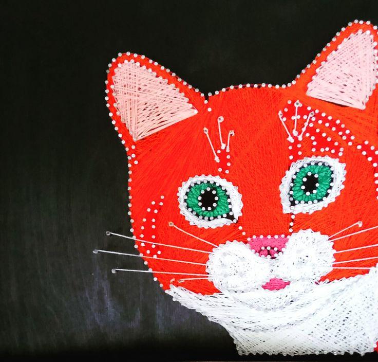 Вот такой замечательный добрый и ласковый кот Мурзик у меня получился! Он ищет  свой дом и любящих хозяев!) Картина выполнена в технике String art. Размер картины 30*50, фанера, акриловая краска, гвозди и нитки ирис. стоимость 53$. Для связи пишите в  Whatsapp,Viber:+79003866325, https://www.instagram.com/nakube.stringart/ или https://vk.com/nakube.stringart