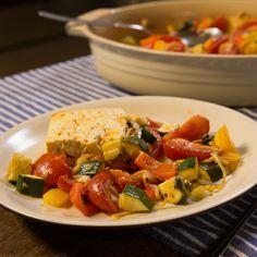 Ce plat estival aux légumes et au fromage de brebis est top accompagné de riz.