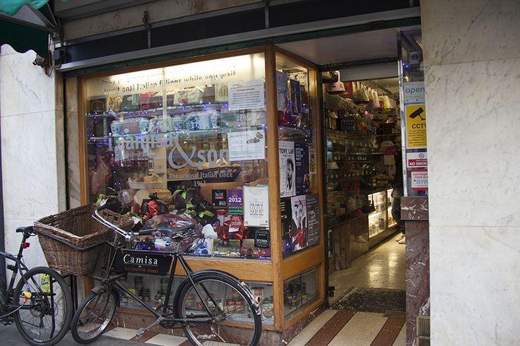 I Camisa, an Italian deli in Soho