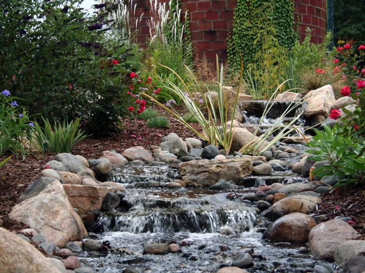 1000 images about water features on pinterest backyard for Waterfall garden feature