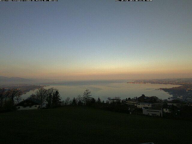 Es gibt interessanteres als #Whatsapp !!! Bitte schön, der Blick auf den #Bodensee heute morgen :-)