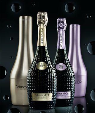 Champagne Palmes d'or Nicolas Feuillatte brut et brut rosé. France. Belles bouteilles !