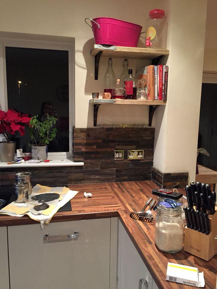 Splitface slate splash back for kitchen and scaffold board for Splash board kitchen