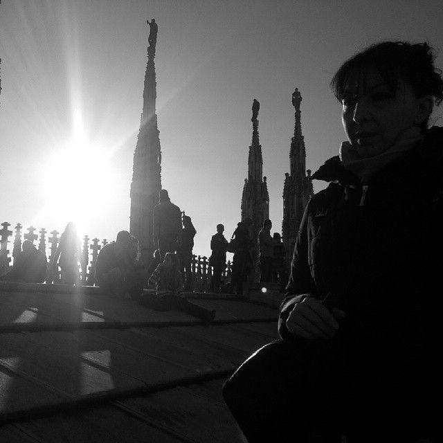 Tra le guglie del Duomo di Milano