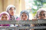 Kartu Identitas Muslim Filipina ciptakan kontroversi  MANILA (Arrahmah.com)  Kelompok hak asasi manusia dan ormas agama telah menyuarakan penolakan terhadap proposal untuk menerbitkan kartu identitas khusus Muslim Filipina sebagai bagian dari rencana untuk membasmi ekstremis di Filipina selatan Eurasia Review melaporkan Senin (10/7/2017).  Langkah ini dinilai diskriminatif dan menyoroti isu agama dalam konflik tersebut kata Suster Famita Somogod dari kelompok Misionaris Pedesaan Filipina…