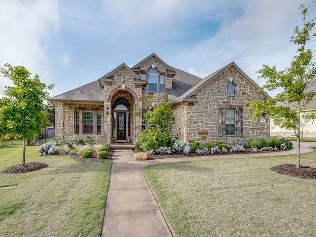 Best Single Family Detached New Braunfels Tx Well Appointed 400 x 300