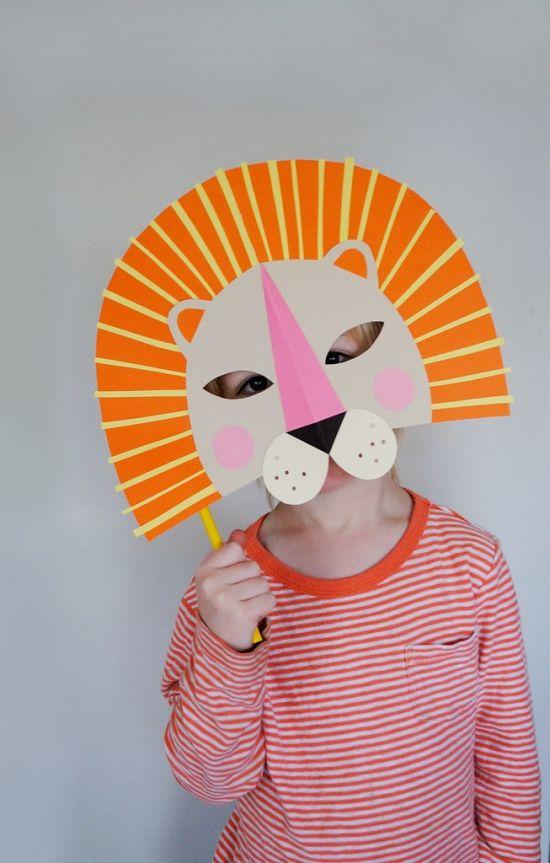 Masken basteln-Kinder kreativ papier Faschingskostüme-Löwenkopf
