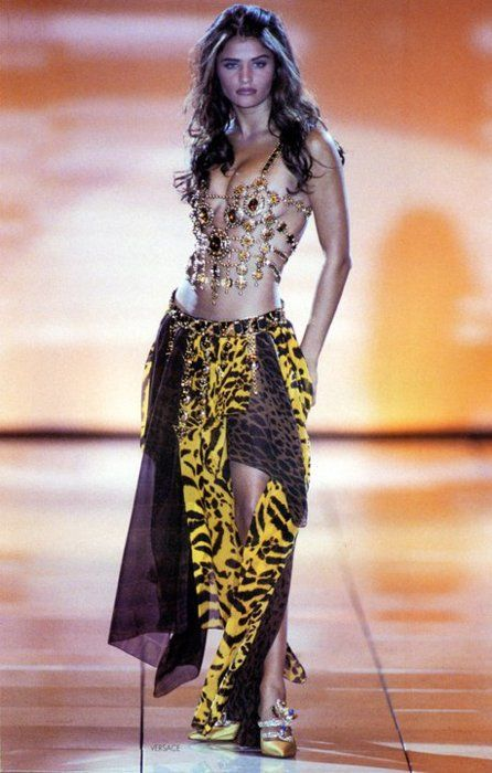 Helena for Gianni Versace, 1992 | Gianni Versace Donna ...