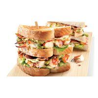 Club sandwich au homard, mayonnaise limette et avocat | Recettes IGA | Fruits de mer, Lunch, Sandwich