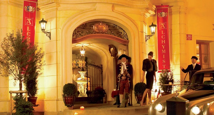 Set in a quiet street in Mala Strana – Prague's swishest quarter – the Alchymist is made for extravagance. #hotelinteriordesigns