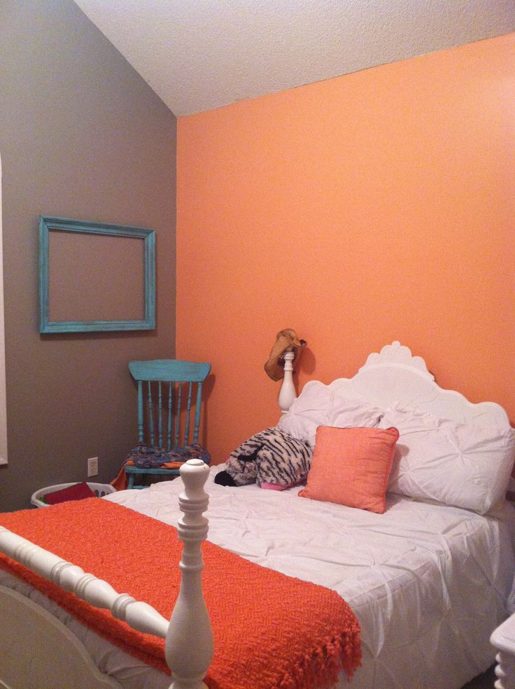 coral color bedroom 1000 images about paint coral color on palm 11265