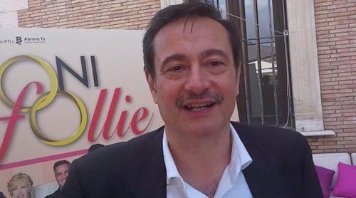 Spettacoli: #Matrimoni e altre #follie: l'intervista a Simone Colombari (Video) (link: http://ift.tt/1TWh2bH )