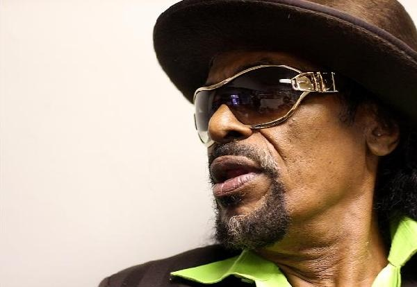 "RIP Chuck Brown, known as the ""Godfather of Go-Go."": Music Motif, Photography Dope, Paradis Chuck, Music People, Dope Shots, Paradise Chuck, Chuck Brown Known, Ripped Chuck, Gentlemen Ftw"