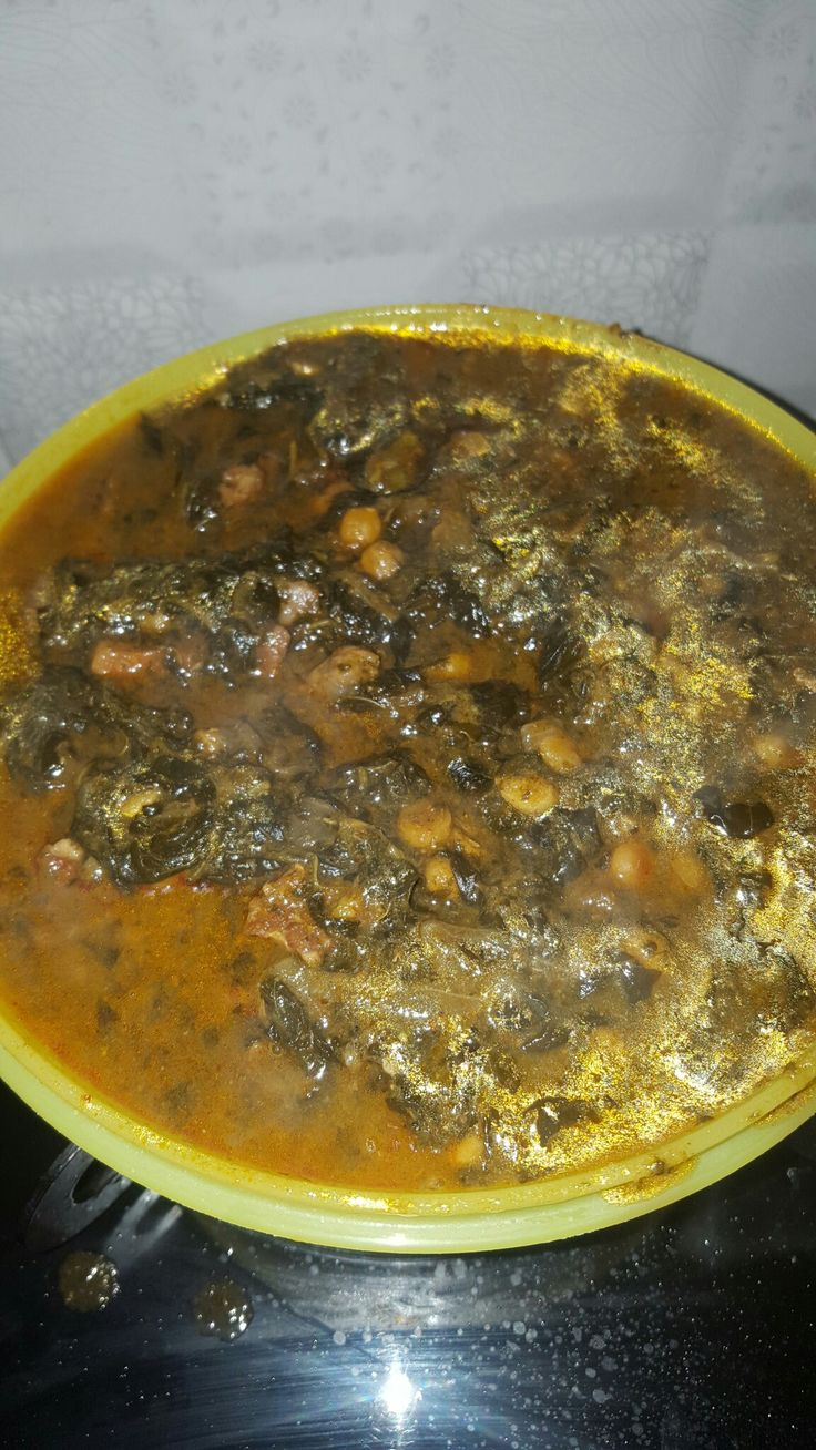 Sorrel and beef curry with lentils