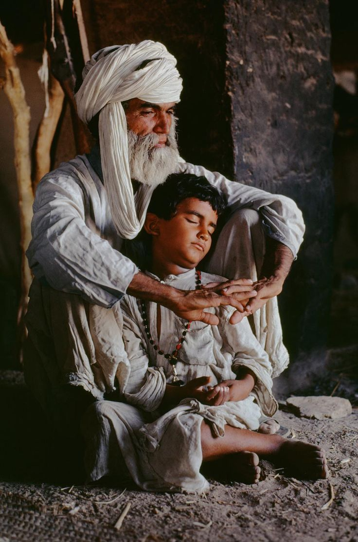 Peace in the presence of the Father. Helmand Povince, Afghanistan - Steve McCurry